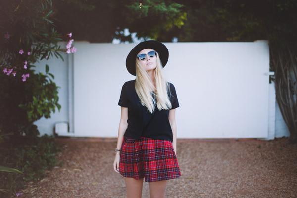 fancy pants skirt shoes hat jewels