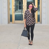 morepiecesofme,blogger,sunglasses,jewels,bag,top,leggings,shoes,handbag,black pants,pumps,fall outfits