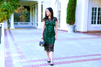 ktr style blogger lace dress green dress clutch
