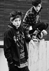 sweater,black,korean fashion,japan,japanese,ulzzang,grunge,urban,streetwear,hip hop,korean style