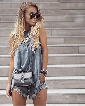 bag streetwear streetstyle black bag black leather bag leather leather bag jewels jewelry boho jewelry necklace boho necklace boho boho chic silver outfit street outfit statement necklace silver necklace