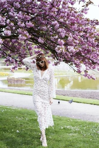 miss pandora blogger dress shoes sunglasses scarf make-up lace dress prom prom beauty