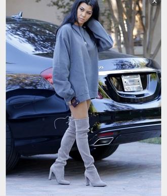 blouse kourtney kardashian