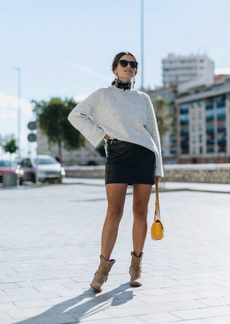 sweater tumblr white sweater skirt mini skirt leather skirt black leather skirt boots ankle boots sunglasses