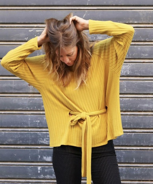 sweater oversize with belt