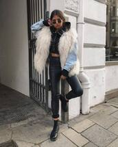 jacket,fur vest,fluffy,leather pants,black hoodie,denim jacket