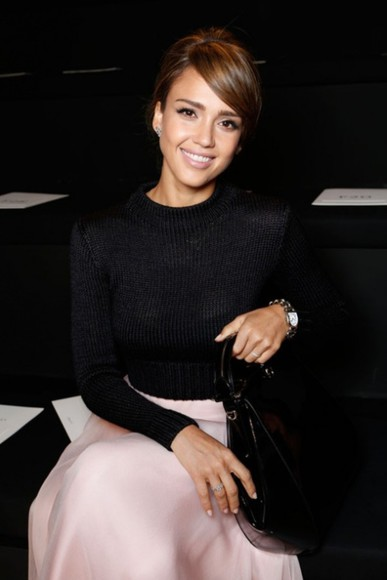 jessica alba sweater black