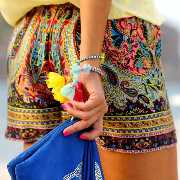 shorts summer paisley paisley paisley colorful colourful shorts clutch light yellow bright colorful color/pattern fashion bracelets blue skull clutch colourful braclets cute girly flowers boho chic bright boho