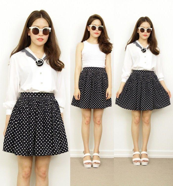Vintage nautical navy white polka dot pleat skater flare circle mini skirt 6 8