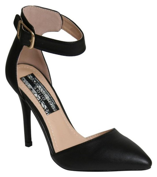 black strap heels closed toe