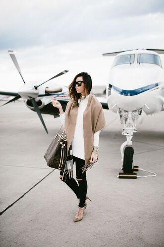 for all things lovely blogger sweater bag shoes jewels sunglasses make-up handbag louis vuitton louis vuitton bag high heel pumps valentino black jeans