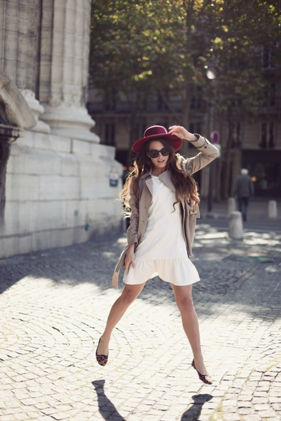 frassy blogger leopard printed ballerinas flats ballet flats mini dress white dress dress trench coat nude coat hat spring outfits