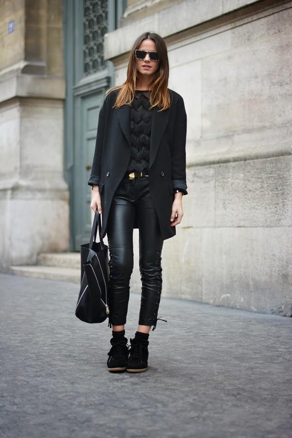 Très Isabel Marant|Bobby Calfskin Velvet Leather Sneakers in Faded Black BG99