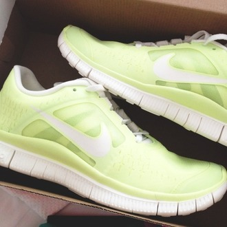shoes training thinspiration get fit work out yellow yellow shoes yellow trainers trainers gym clothes women