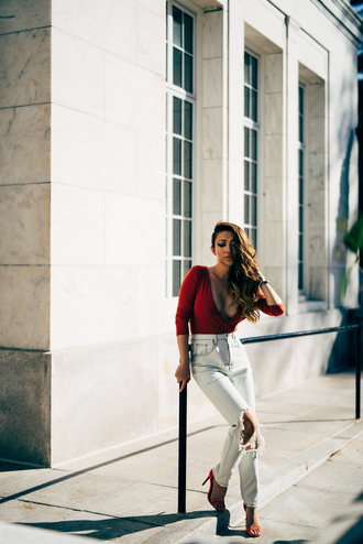 not jess fashion blogger plunge neckline red top three-quarter sleeves high waisted jeans long sleeve bodysuit red bodysuit wrap top red plunge v neck v neck white jeans white ripped jeans ripped jeans sandals sandal heels high heel sandals