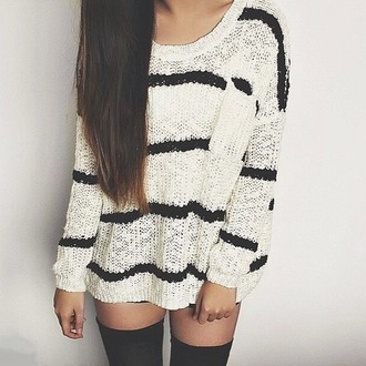 sweater shirt top black and white woolen stripy black t-shirt white t-shirt t-shirt stripes brunette stockings knee high cable knit knit loose oversized oversized sweater hipster indie black and white stripes