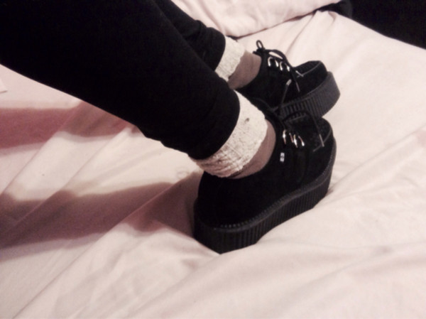 shoes dark vintage cute and so dark creepers soft grunge love shoes