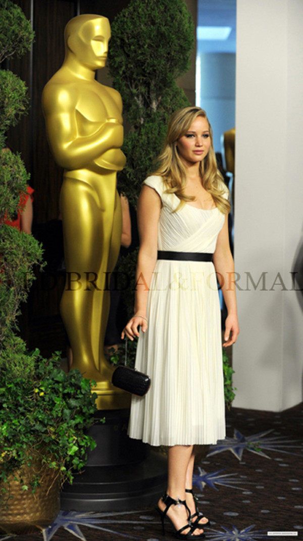 dress jennifer lawrence white dress cocktail dress celebrity style