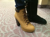 shoes,size 6,camel nubuck pu