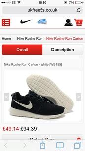 shoes,trainers,nike roshe run,black and white
