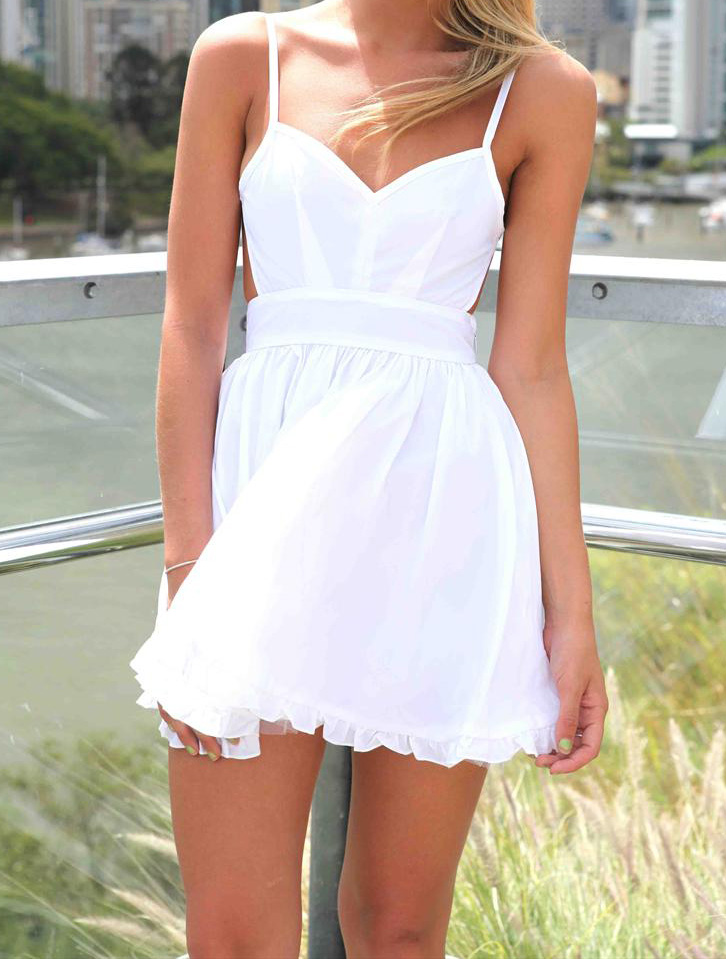 Solid color white v neck backless high waisted mini strap dress with frill hem