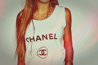 t-shirt shirt chanel tee-shirt collier