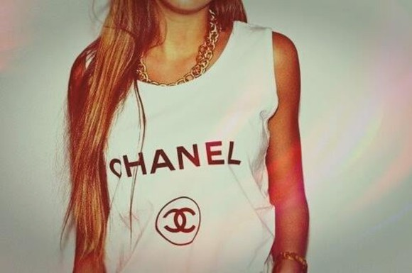 shirt t-shirt collier tee-shirt chanel
