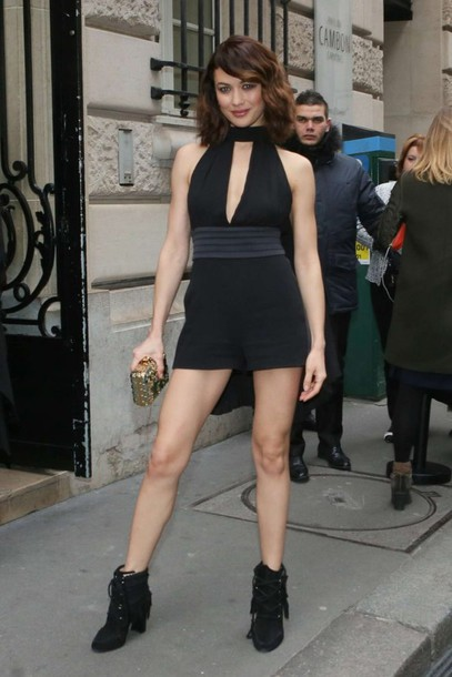 Dress Olga Kurylenko Mini Dress Keyhole Dress Ankle Boots