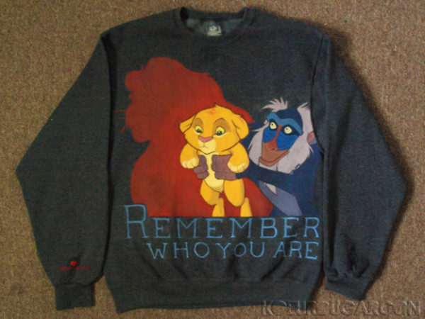 sweater lion kind le roi lion disney gris grey