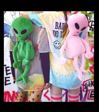bag alien bag alien pink alien green alien pink bag green bag alien stuff cute cool alien tumblr