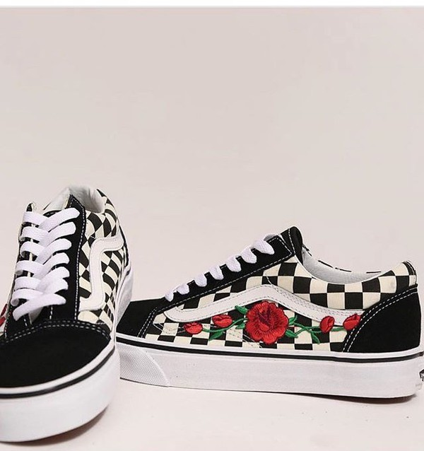 vans checkerboard rose
