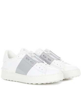 open sneakers leather white shoes