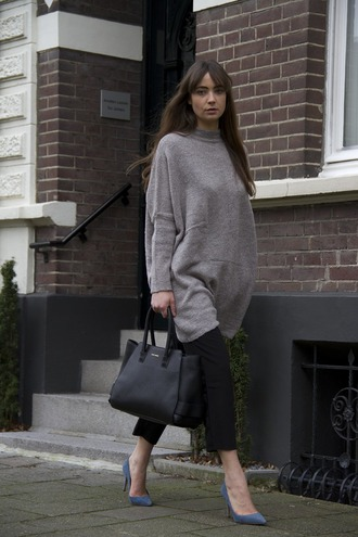 sweater tumblr grey sweater oversized pants black pants cropped pants work outfits office outfits pumps pointed toe pumps high heel pumps blue heels bag black bag capri pants
