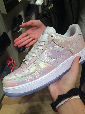 nike sneakers nike air nike running shoes holographic shoes holographic unicorn style fashion shoes tumblr outfit cute shoes
