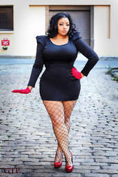 belt,plus size dress,little black dress,dress,curvy,plus size