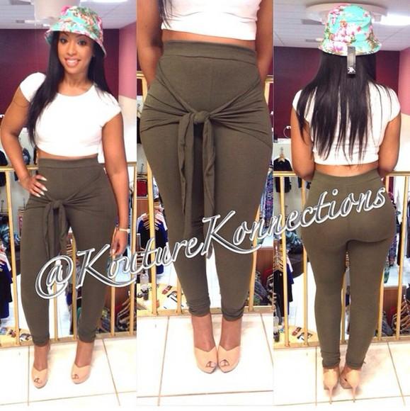 leggings pants bow tied curvy plus size, diva, plus size model