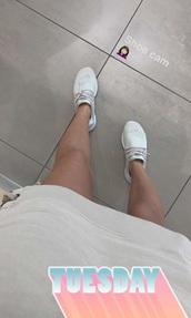 shoes,nike,nike running shoes,nike shoes,nike sneakers,cream,chantel jeffries,nikes