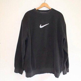 sweater black nike sweatshirt nike sweatshirt new 2016 swag nike sweater beautiful white black sweater nike air nike sneakers nike roshe run nike roshes floral nike air max 90 nike free run nike air force 1