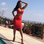 dress,bandage,red,two-piece,bodycon,sexy,midi,crop tops,herve leger