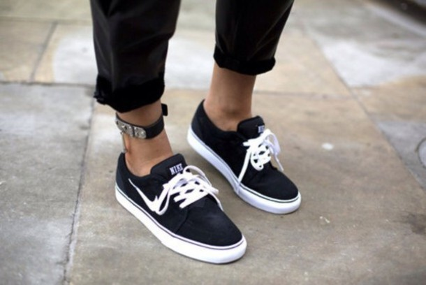 shoes, black and white, nike, short