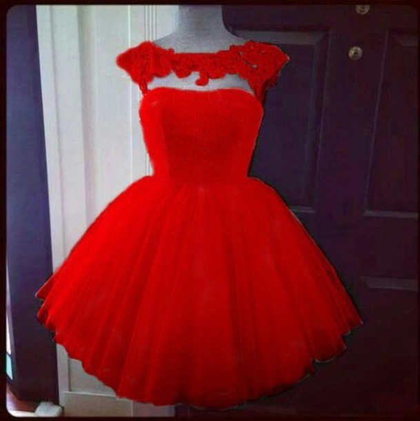 Short Puffy Red Prom Dresses