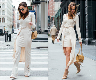sydne summer's fashion reviews & style tips blogger pants dress sunglasses jewels bag shoes