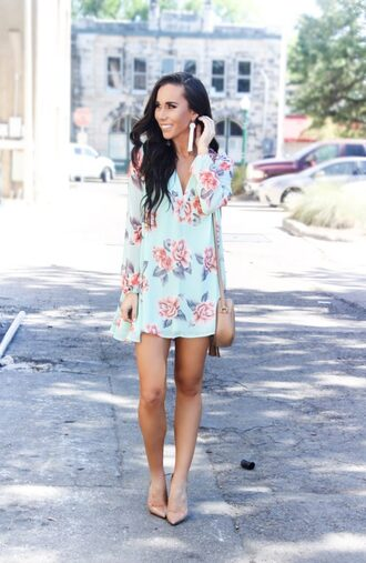 sunshine&stilettos blogger dress jewels bag shoes make-up shoulder bag mini dress blue dress spring outfits