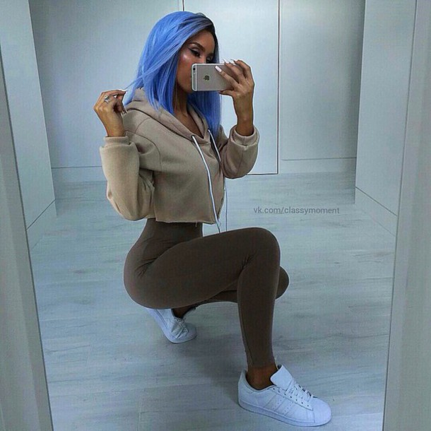 bag swag sweater nude blue hoodie cropped leggings whit shoes brown cropped  hoodie adidas shirt outfit