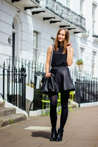 a cup of style blogger all black everything ankle boots black shoes