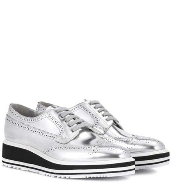 Prada Wingtip leather platform brogues in silver