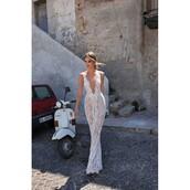 dress,sleeveless,champagne dress,bridesmaid,beverly feldman,sweep train