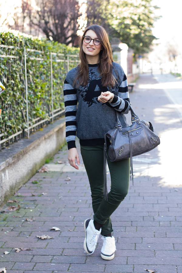 style and trouble shoes sweater jeans bag