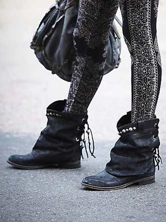 shoes boots ankle boots black boots lace boots back lace up boots booties black booties studded shoes studded booties lace up black boots boho boots gypsy boots retro boots hipster boots hipster ankle black boots ankle black booties boho gypsy black boots hipster booties hipster black boots flat boots flat booties booties shoes boho chic gypsy leggings