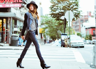 the marcy stop blogger jeans blouse jacket bag